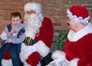 Santa and Mrs. Claus met with the kids.