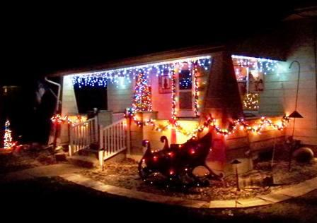 3rd Place Winner: Mike & Becky Tracy, 510 E. College Avenue.