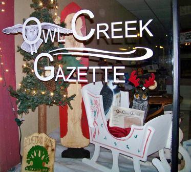 3rd Place Winner (Businesses): Owl Creek Gazette & Don's Uniques, 112 S. Second Street